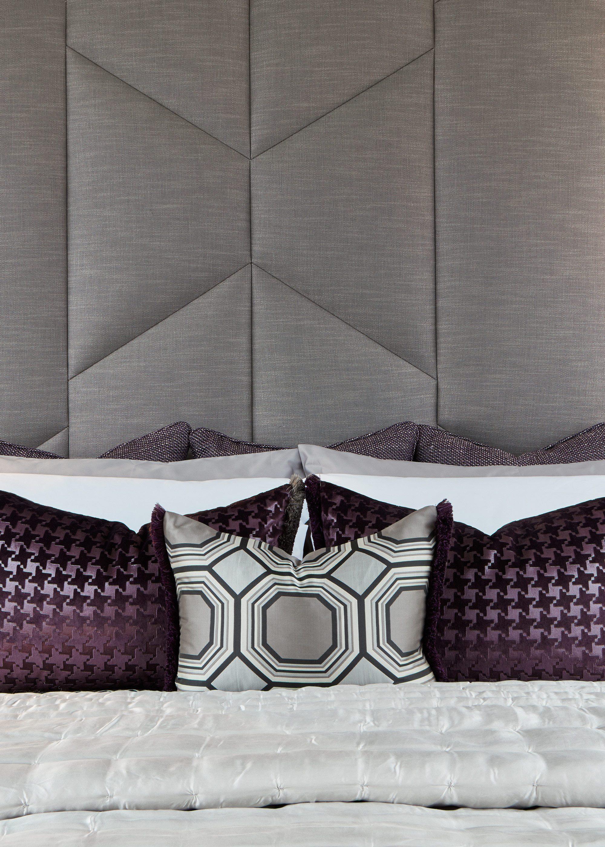 Honky Interior Design Trafalgar Square London Bedroom Detail 2